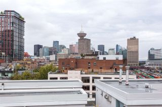 Main Photo: PH805 27 ALEXANDER Street in Vancouver: Downtown VE Condo for sale (Vancouver East)  : MLS®# R2561506