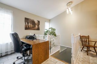 """Photo 13: 7 5760 174 Street in Surrey: Cloverdale BC Townhouse for sale in """"Stetson Village"""" (Cloverdale)  : MLS®# R2559810"""