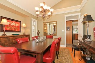 "Photo 13: 5248 GLEN ABBEY Place in Tsawwassen: Cliff Drive House for sale in ""IMPERIAL VILLAGE"" : MLS®# V927493"