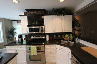 Photo 5: 7286 Birch Close in Anglemont: House for sale : MLS®# 10086264