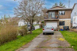 Photo 3: 123 SPRINGFIELD Drive in Langley: Aldergrove Langley House for sale : MLS®# R2563881