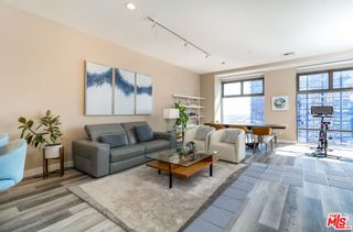 Photo 4: 801 S Grand Avenue Unit 1909 in Los Angeles: Residential for sale (C42 - Downtown L.A.)  : MLS®# 21793682