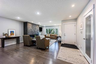 Photo 2: 9 Manor Road SW in Calgary: Meadowlark Park Detached for sale : MLS®# A1116064