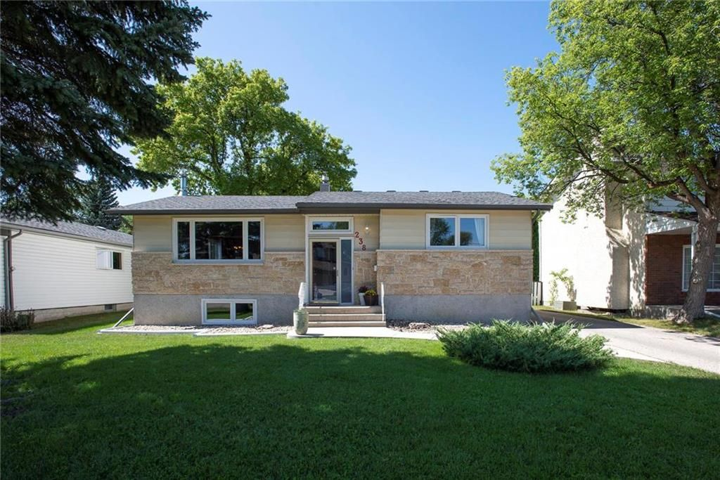 Main Photo: 238 Alcrest Drive in Winnipeg: Charleswood Residential for sale (1G)  : MLS®# 202120144