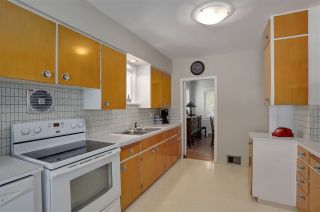 """Photo 11: 227 W 22ND Avenue in Vancouver: Cambie House for sale in """"Cambie Village"""" (Vancouver West)  : MLS®# R2283769"""
