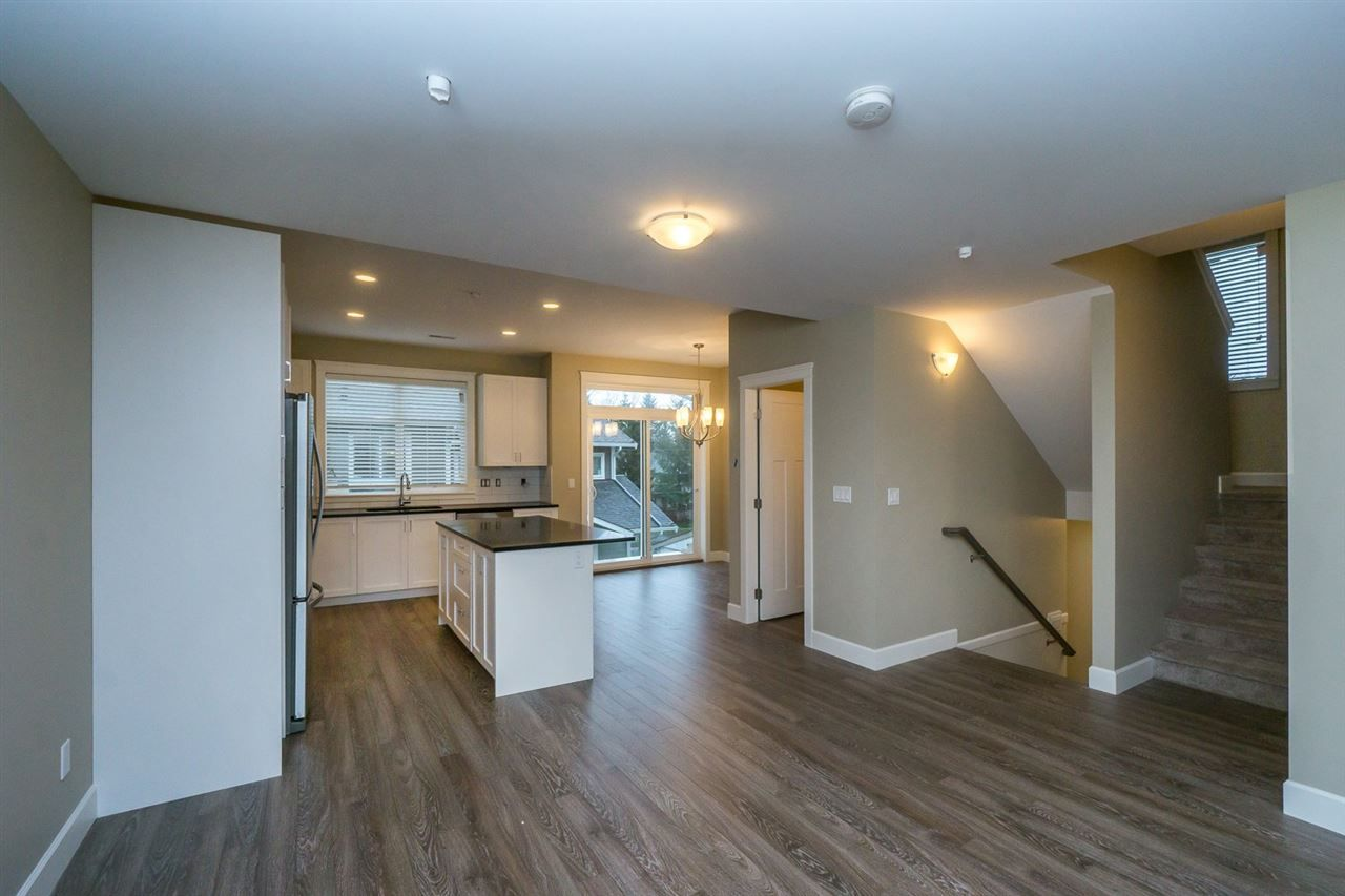 """Main Photo: 16 32921 14 Avenue in Mission: Mission BC Townhouse for sale in """"Southwynd"""" : MLS®# R2055539"""
