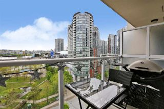"""Photo 2: 1211 550 TAYLOR Street in Vancouver: Downtown VW Condo for sale in """"The Taylor"""" (Vancouver West)  : MLS®# R2575257"""