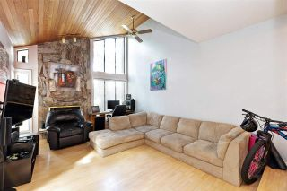 Photo 3: 835 PORTER Street in Coquitlam: Harbour Chines 1/2 Duplex for sale : MLS®# R2576039