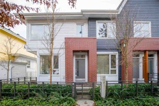 Photo 1: 3150 PIERVIEW Crescent in Vancouver: Champlain Heights Townhouse for sale (Vancouver East)  : MLS®# R2249784
