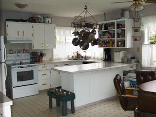 """Photo 3: 2798 CENTENNIAL Street in Abbotsford: Abbotsford West House for sale in """"CLEARBROOK"""" : MLS®# F2825464"""