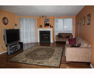 """Photo 2: 1804 1245 QUAYSIDE Drive in New_Westminster: Quay Condo for sale in """"The Riviera"""" (New Westminster)  : MLS®# V767288"""