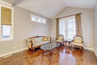 """Photo 2: 67 CLIFFWOOD Drive in Port Moody: Heritage Woods PM House for sale in """"Stoneridge by Parklane"""" : MLS®# R2550701"""