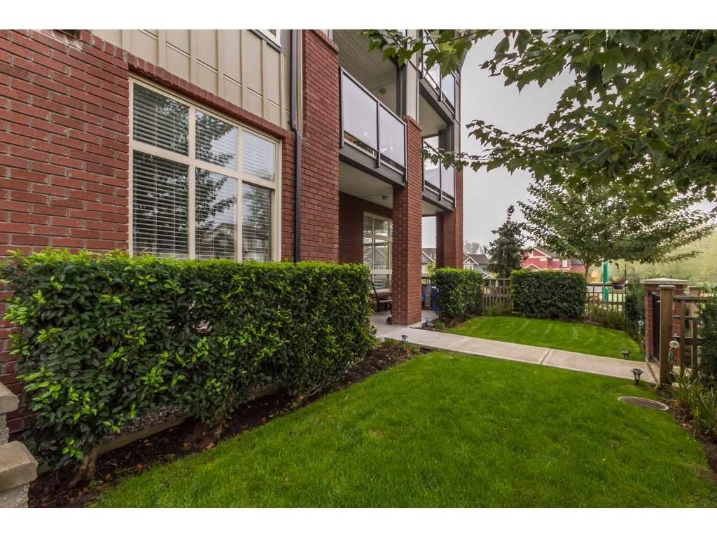"""Photo 19: Photos: 212 19201 66A Avenue in Surrey: Clayton Condo for sale in """"One92"""" (Cloverdale)  : MLS®# R2112521"""