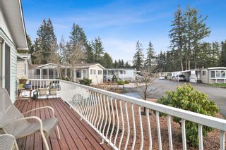 "Photo 18: 40 2305 200 Street in Langley: Brookswood Langley Manufactured Home for sale in ""Cedar Lane Park"" : MLS®# R2524495"