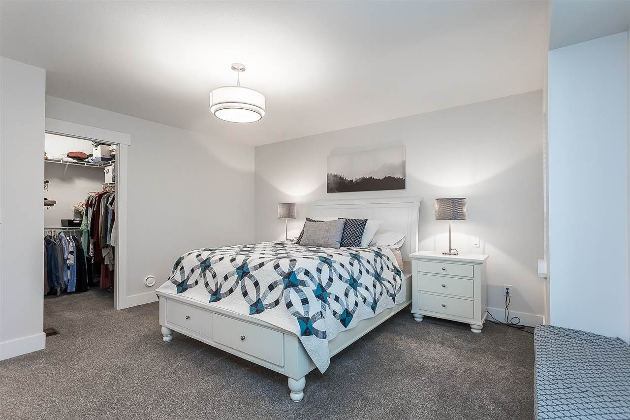 """Photo 20: Photos: 4 4295 OLD CLAYBURN Road in Abbotsford: Abbotsford East House for sale in """"Sunspring Estates"""" : MLS®# R2562456"""