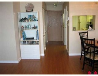 """Photo 5: 310 15111 RUSSELL Avenue in White_Rock: White Rock Condo for sale in """"Pacific Terrace"""" (South Surrey White Rock)  : MLS®# F2811011"""