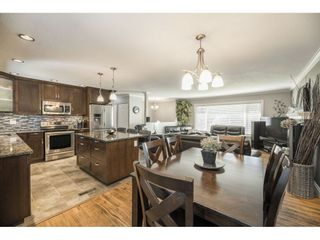 Photo 11: 26677 29 Avenue in Langley: Aldergrove Langley House for sale : MLS®# R2567945