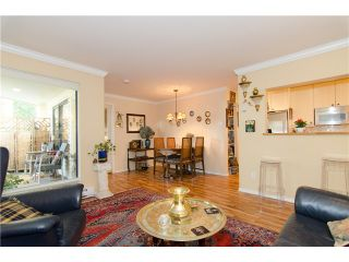 Photo 2: 201 1350 COMOX Street in Vancouver: West End VW Condo for sale (Vancouver West)  : MLS®# V973058