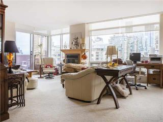 """Photo 2: 15B 1500 ALBERNI Street in Vancouver: West End VW Condo for sale in """"1500 ALBERNI"""" (Vancouver West)  : MLS®# V1128543"""