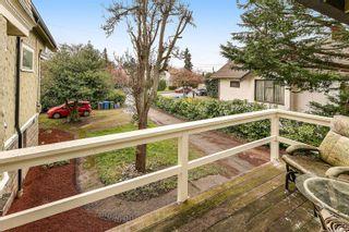 Photo 13: 3026 Carroll St in : Vi Burnside House for sale (Victoria)  : MLS®# 864157