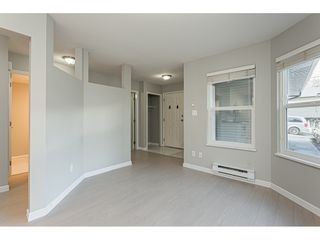 """Photo 7: 53 36060 OLD YALE Road in Abbotsford: Abbotsford East Townhouse for sale in """"Mountainview Village"""" : MLS®# R2430717"""