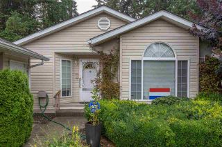 "Photo 2: 153 9080 198 Street in Langley: Walnut Grove Manufactured Home for sale in ""FOREST GREEN"" : MLS®# R2400538"