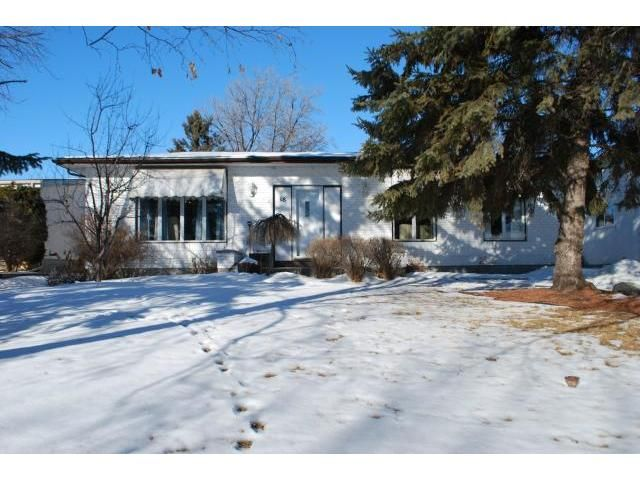 Main Photo: 18 Morningside Drive in WINNIPEG: Fort Garry / Whyte Ridge / St Norbert Residential for sale (South Winnipeg)  : MLS®# 1201833