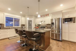 Photo 4: 7065 180 STREET in Surrey: Cloverdale BC House for sale (Cloverdale)  : MLS®# R2381267