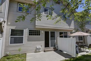 Photo 29: 17 Eversyde Court SW in Calgary: Evergreen Row/Townhouse for sale : MLS®# A1120200