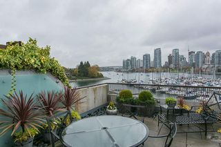 Photo 4: 247 658 LEG IN BOOT SQUARE in Vancouver: False Creek Condo for sale (Vancouver West)  : MLS®# R2118181