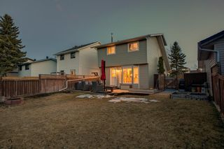 Photo 32: 1024 Woodview Crescent SW in Calgary: Woodlands Detached for sale : MLS®# A1091438