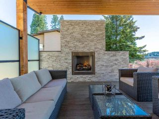 Photo 3: 168 ROE Drive in Port Moody: Barber Street House for sale : MLS®# R2590854
