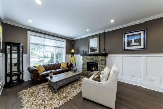 Photo 2: 723 E 15TH STREET in North Vancouver: Boulevard House for sale : MLS®# R2363687