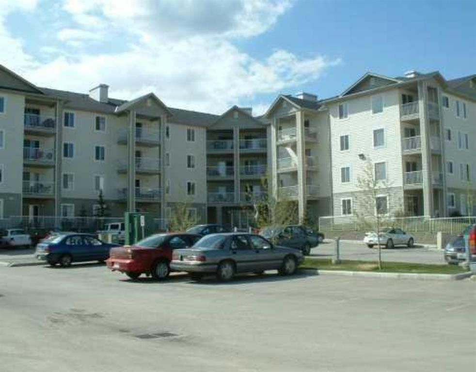Main Photo: 4310 604 EIGHT Street SW: Airdrie Apartment for sale : MLS®# A1090165