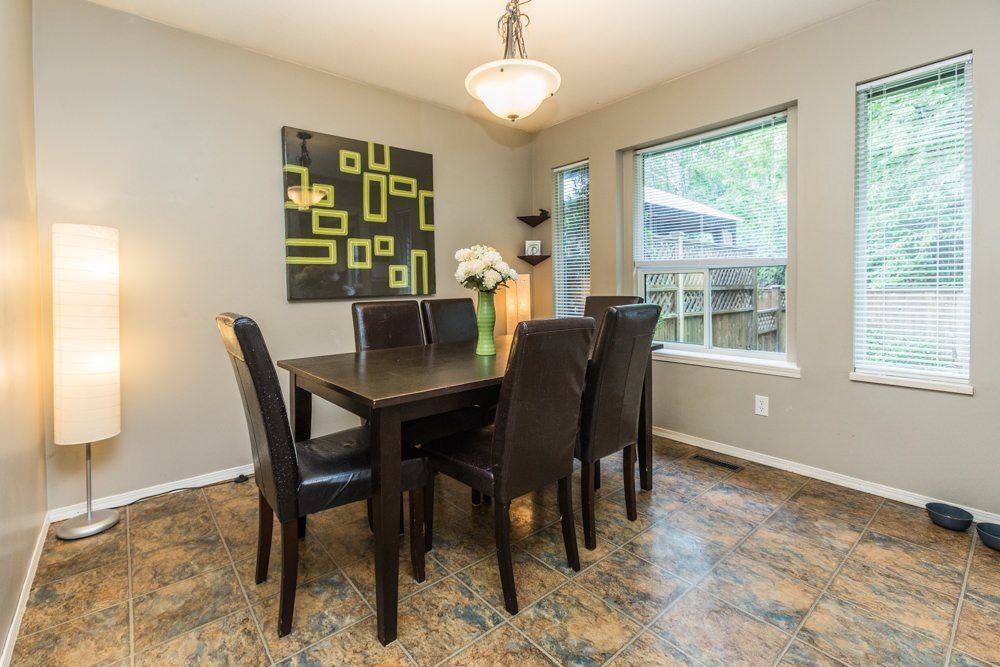 """Photo 12: Photos: 1 23151 HANEY Bypass in Maple Ridge: East Central Townhouse for sale in """"STONEHOUSE ESTATES"""" : MLS®# R2283761"""