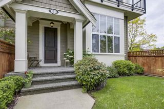 Photo 2: 1 3268 156A STREET in South Surrey White Rock: Morgan Creek Home for sale ()  : MLS®# R2266043