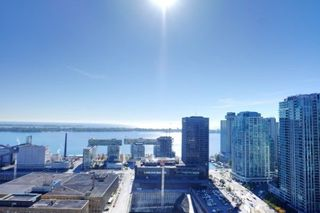 Photo 4: 2401 25 The Esplanade in Toronto: Waterfront Communities C8 Condo for sale (Toronto C08)  : MLS®# C4291119