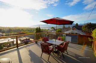 Photo 2: 3441 TRIUMPH Street in Vancouver: Hastings Sunrise House for sale (Vancouver East)  : MLS®# R2394925