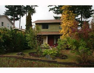 """Photo 9: 560 OCEANVIEW Drive in Gibsons: Gibsons & Area House for sale in """"WOODCREEK PARK"""" (Sunshine Coast)  : MLS®# V672375"""