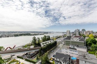 """Photo 13: 1101 31 ELLIOT Street in New Westminster: Downtown NW Condo for sale in """"ROYAL ALBERT TOWERS"""" : MLS®# R2068328"""