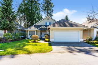 """Photo 3: 7 1881 144 Street in Surrey: Sunnyside Park Surrey Townhouse for sale in """"BRAMBLEY HEDGE"""" (South Surrey White Rock)  : MLS®# R2564966"""