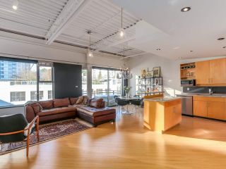 """Photo 1: 511 549 COLUMBIA Street in New Westminster: Downtown NW Condo for sale in """"C2C LOFTS"""" : MLS®# R2129468"""