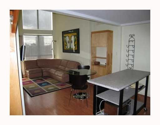 """Photo 2: Photos: 1006 933 SEYMOUR Street in Vancouver: Downtown VW Condo for sale in """"THE SPOT"""" (Vancouver West)  : MLS®# V771077"""