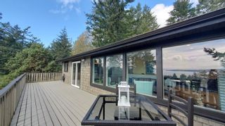 Photo 10: 3703 Signal Hill Rd in : GI Pender Island House for sale (Gulf Islands)  : MLS®# 870335