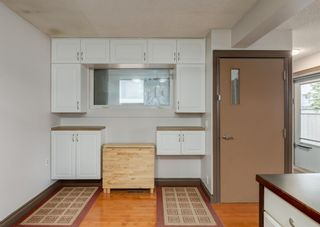 Photo 11: 253 Bedford Circle NE in Calgary: Beddington Heights Semi Detached for sale : MLS®# A1102604