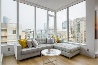 """Photo 4: PH2401 1010 RICHARDS Street in Vancouver: Yaletown Condo for sale in """"THE GALLERY"""" (Vancouver West)  : MLS®# R2498796"""
