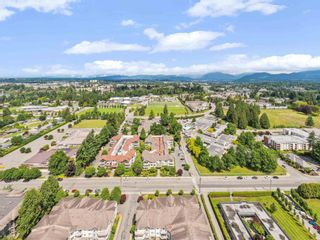 """Photo 24: 201 33401 MAYFAIR Avenue in Abbotsford: Central Abbotsford Condo for sale in """"MAYFAIR GARDENS"""" : MLS®# R2594732"""