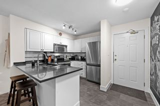 Photo 4: 202 2815 YEW Street in Vancouver: Kitsilano Condo for sale (Vancouver West)  : MLS®# R2619527