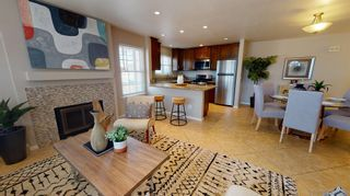Photo 3: PACIFIC BEACH Townhouse for sale : 3 bedrooms : 816 Isthmus Court in San Diego