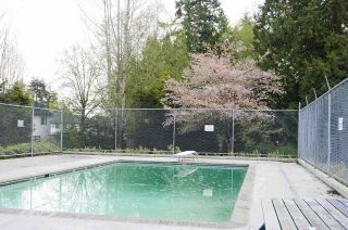 "Photo 11: 42 6633 138 Street in Surrey: East Newton Townhouse for sale in ""Hyland Creek Estates"" : MLS®# R2360110"